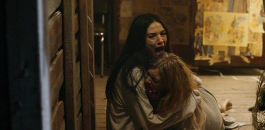Pic from movie Ghostland